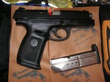 NEW CONDITION SMITH & WESSON DESASTER READY KIT WITH SW9VE CAL.9MM PISTOL - 16 of 21