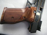 SMITH & WESSON MOD. 41 CAL. .22LR 50th ANNIVERSARY ENGRAVED IN NEW CONDITION - 18 of 20