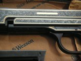 SMITH & WESSON MOD. 41 CAL. .22LR 50th ANNIVERSARY ENGRAVED IN NEW CONDITION - 4 of 20