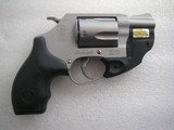SMITH & WESSON MOD. 637-2 REVOLVER WITH RED LASER/MAX LIKE NEW IN THE ORIGINAL BOX, PAPERS - 3 of 16