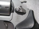 SMITH & WESSONMODEL 637 CALIBER .38 SPL. AIRWEIGHT LIKE NEW IN THE ORIGINAL CASE - 10 of 19