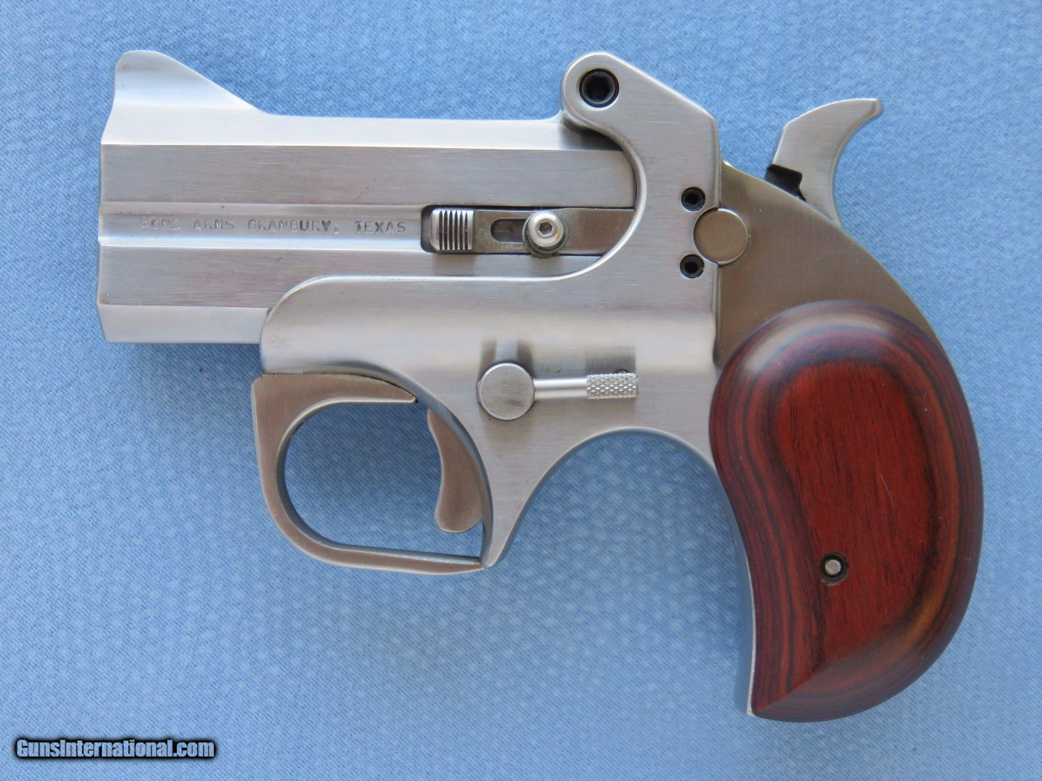 Bond Arms Texas Defender, 2-Barrel Derringer, Cal   44 Magnum