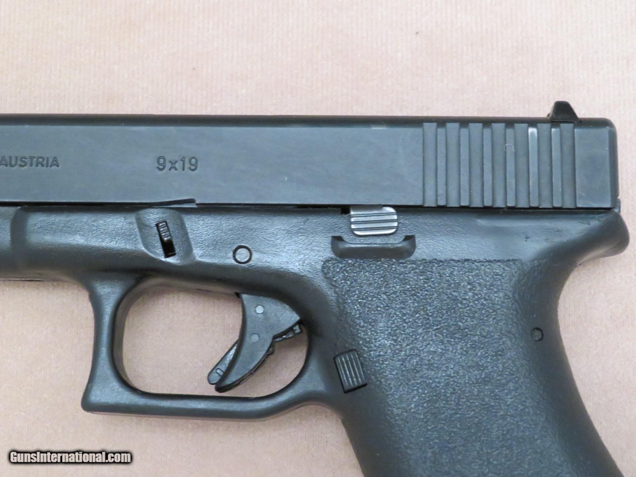 1986 1st Generation Glock Model 17 9mm Pistol ** Scarce 1st Gen Gun