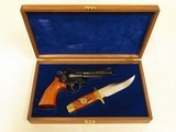 Smith & Wesson Model 19 Texas Ranger Commemorative with Knife, Cal. .357 Magnum, Cased, Manufactured in 1973 only