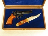 Smith & Wesson Model 19 Texas Ranger Commemorative with Knife, Cal. .357 Magnum, Cased, Manufactured in 1973 only SOLD - 3 of 13