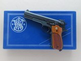 1979 Vintage Smith & Wesson Model 52-2 Pistol in .38 Special S&W Wadcutter w/ Original Box, Manual, Etc.