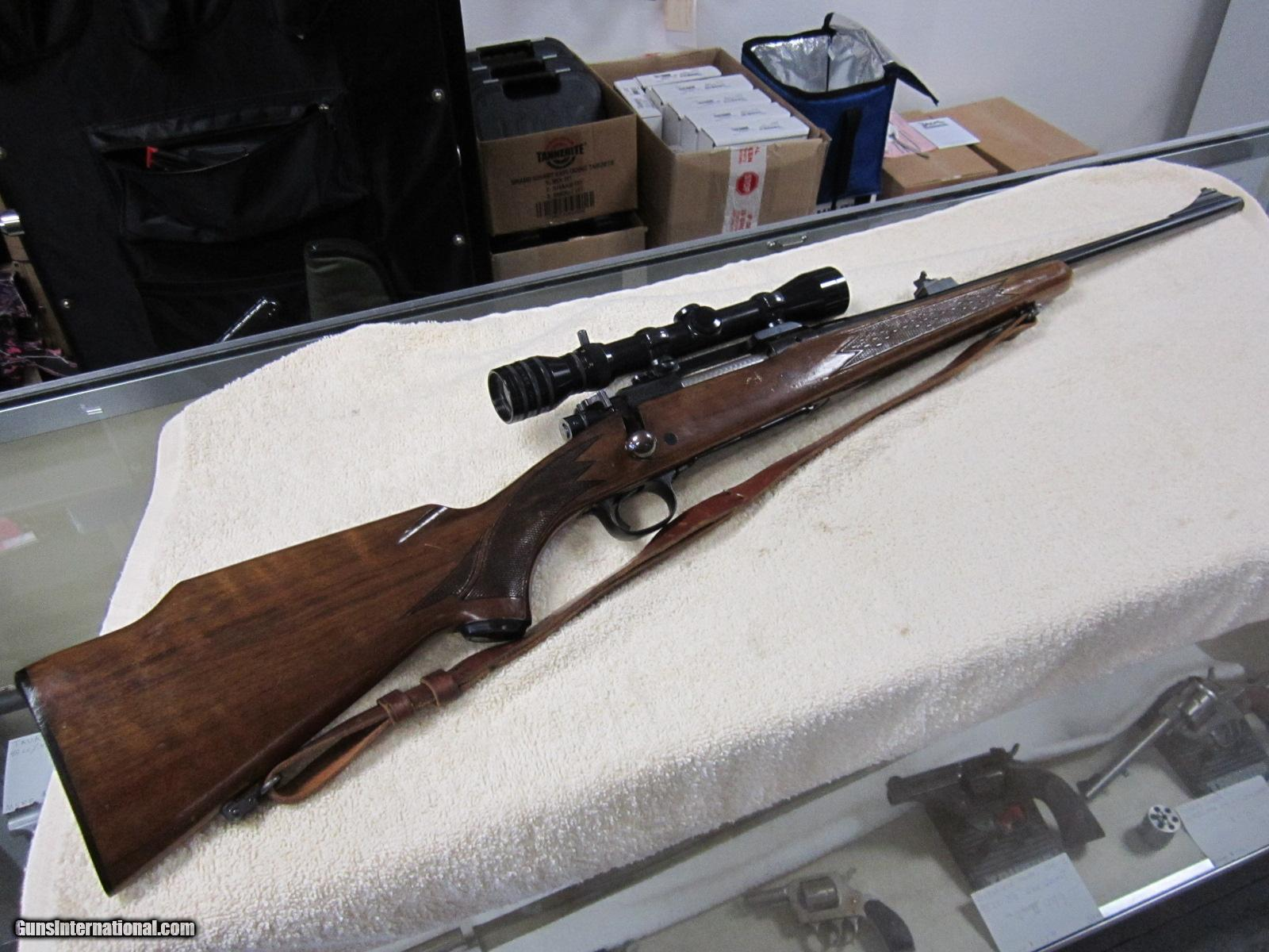 1965 Winchester Model 70 Monte Carlo Walnut stock hinged floorplate