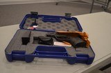 Smith and Wesson M+P40C40 S&W. *NEW IN BOX* - 9 of 11