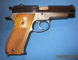 Smith & Wesson 39 - 2 of 14