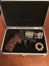 Smith & Wesson Model 327 .357 Magnum 8-shot PD-Airlite Sc - 7 of 7