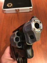 Smith & Wesson Model 327 .357 Magnum 8-shot PD-Airlite Sc - 3 of 7