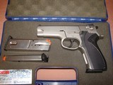 S&W 5906 - 8 of 9