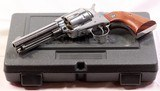 Ruger, Vaquero, .40 S&W, High Gloss Stainless, Rosewood Eagle Grips