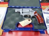 Smith & Wesson Model 317 Air Light 22lr