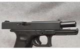 Glock ~ Model 22 Gen4 ~ Semi Auto Pistol ~ .40&W - 4 of 7