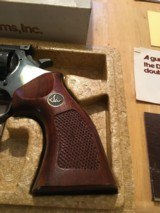 Dan Wesson Arms Revolver Mod. 22 - 10 of 11