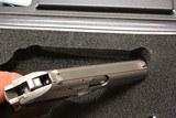 SIG SAUER RARE P230SL 9mmKurtz / .380ACP ACTIUAL PHOTOS - 5 of 9