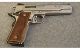 Smith & Wesson ~ SW1911 ~ 9 mm