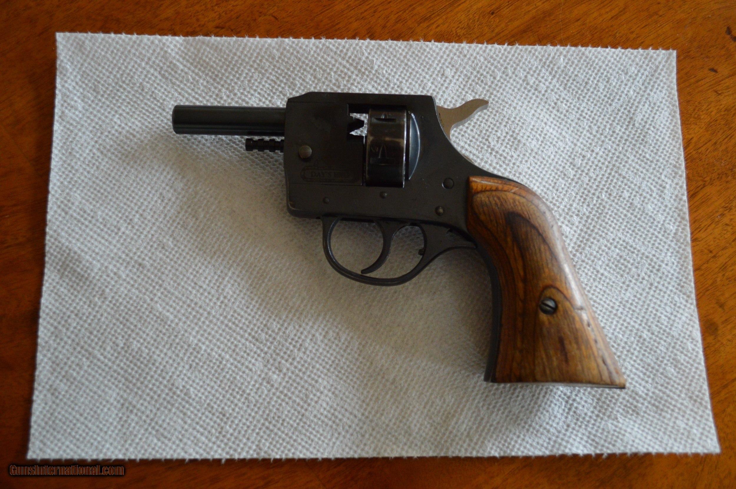 Blank Guns Primer: Kimar 209 Primer Starter Pistol