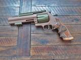 Dan Wesson Model 40 357 MAXimum SUPERMAG customized