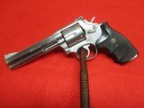 Smith & Wesson Model 686 No Dash 357 Magnum 6""