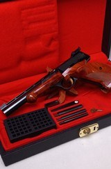 Browning MEDALIST ~ BELGIAN ~ .22 LR /Long Rifle ~ With case and accessories