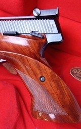 Browning MEDALIST ~ BELGIAN ~ .22 LR /Long Rifle ~ With case and accessories - 7 of 13