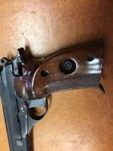 Beretta 76 W .22LR Target Pistol with 2 Magazines - 9 of 10