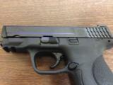 Smith & Wesson M&P 40 Compact - 1 of 9