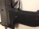 SIG SAUER P226 MK25 - 4 of 9