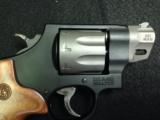 SMITH & WESSON MODEL 327 - 3 of 8