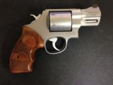 Smith & Wesson 629 Performance Center 44 Mag - 1 of 6