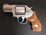 Smith & Wesson 629 Performance Center 44 Mag - 3 of 6
