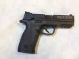 SMITH & WESSON M&P 22 COMPACT - 2 of 4