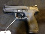 SMITH & WESSON M&P 40 - 40SW - 1 of 2