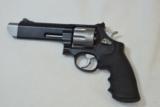 Smith & Wesson M627-5 V-Comp -357 Mag - 2 of 14