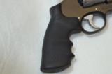 Smith & Wesson M627-5 V-Comp -357 Mag - 12 of 14