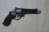 Smith & Wesson M627-5 V-Comp -357 Mag - 4 of 14