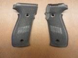 Sig Sauer P226 Grips - 1 of 2