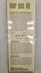 Colt - Tear Gas Kit - Stk# A946 - 5 of 5