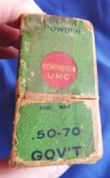 VINTAGE 50-70 GOVT. AMMUNITION REMINGTON - UMCFULL BOX (20) 450 GR. BLACK POWDER CARTRIDGES - 9 of 12