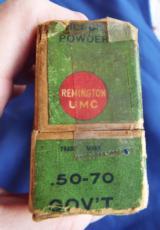 VINTAGE 50-70 GOVT. AMMUNITION REMINGTON - UMCFULL BOX (20) 450 GR. BLACK POWDER CARTRIDGES - 6 of 12
