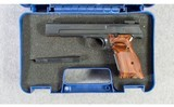 Smith & Wesson ~ Model 41 ~ .22LR - 8 of 8