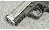 Smith & Wesson ~ M&P40 ~ .40 S&W - 4 of 4