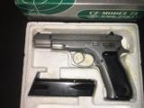CZ 75bMATTE STAINLESS..9mm..mint...3 magazines