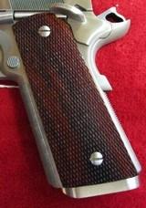 Les Baer Custom Premier II 1911 (Stainless) - 3 of 13