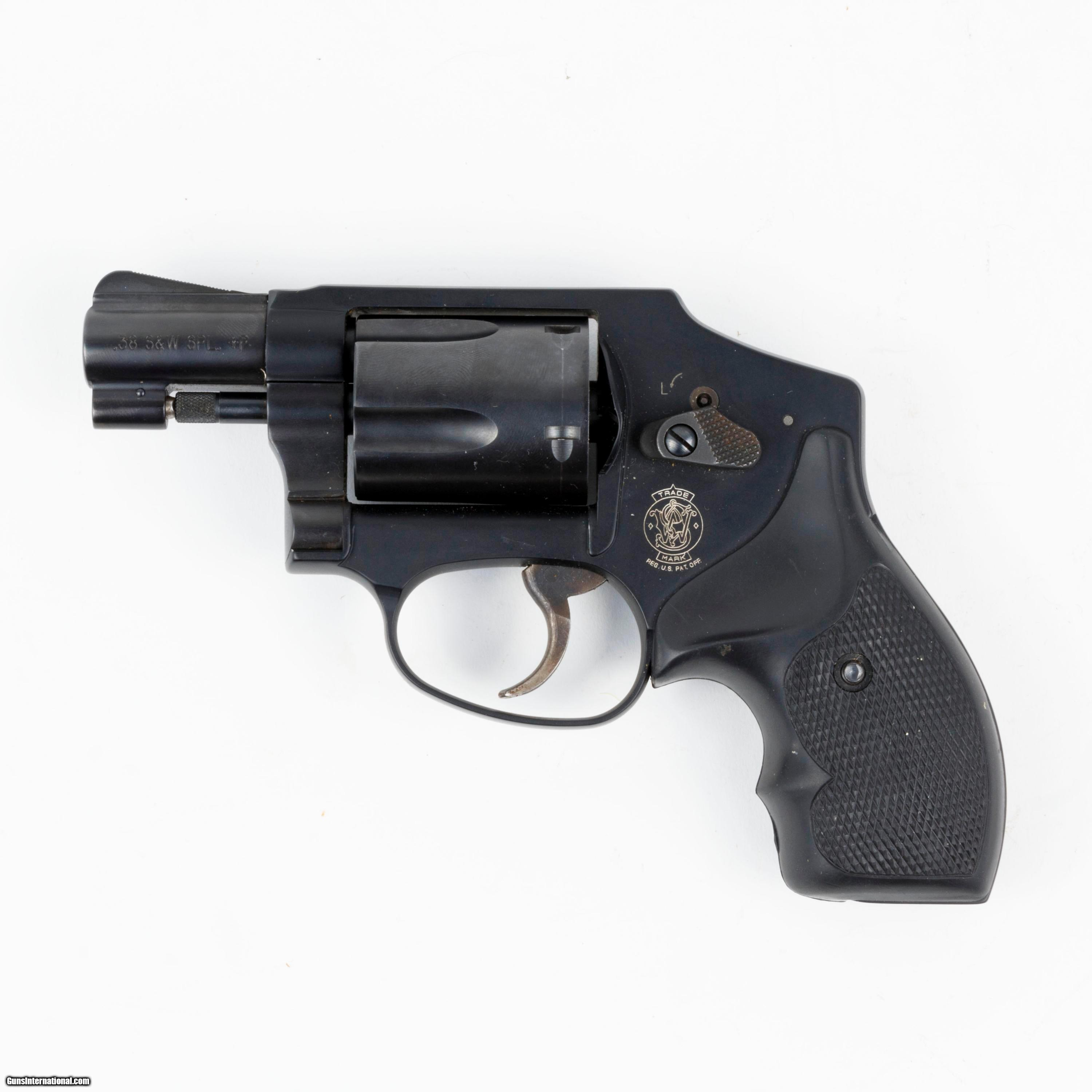 Smith & Wesson Model 642 Airweight .38 Special - 1 of 4 ...