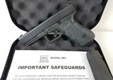 Glock 17 9MM Gen 3 G17 PG1750B02CSN 2 Mags - 1 of 8