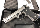 Beretta 92FS Inox 9mm USED JS92F510CA - 3 of 3