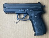 Police Trade Sig Sauer P229 40 S&W 2412 - 4 of 6
